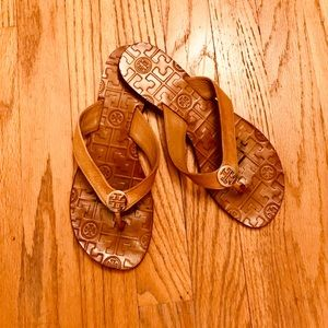 Tory Burch Thora Leather Flip Flop Royal Tan/ Gold
